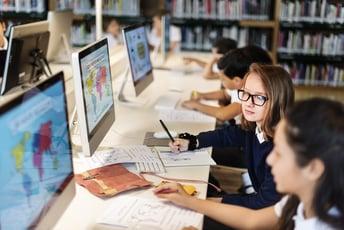 学校教育のデジタル化に向けた取り組みと今後の課題とは