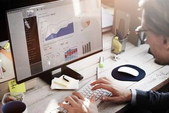 社内に求められるデータ分析の役割と仕事内容