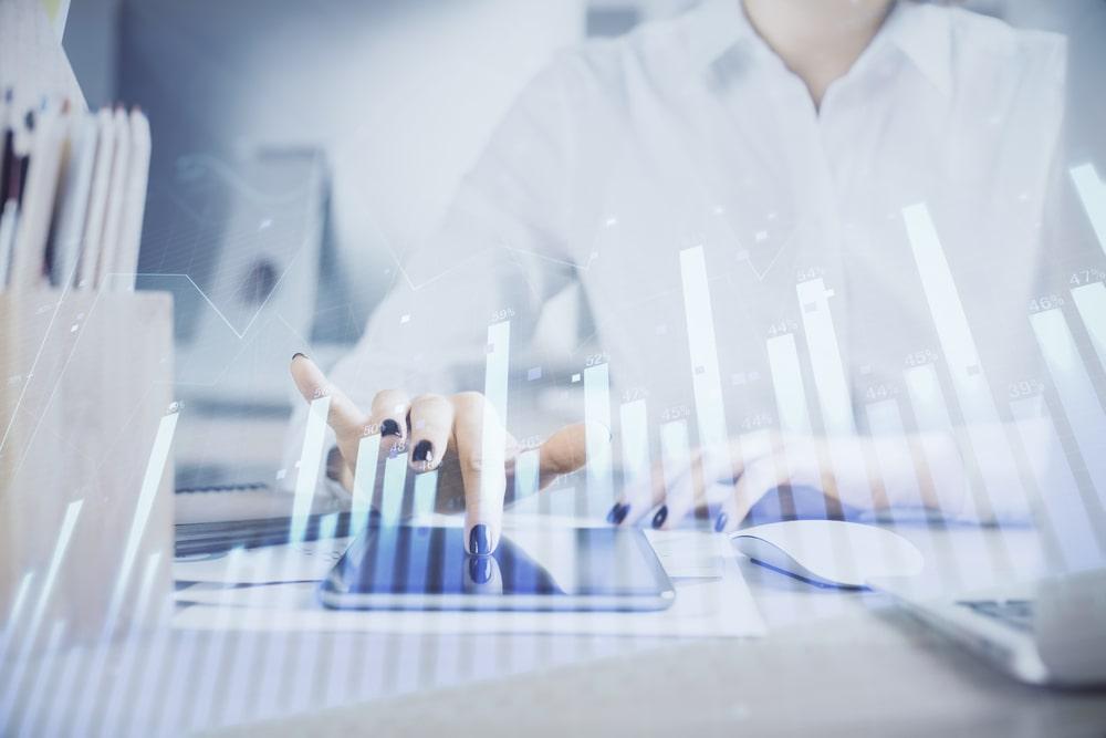 在庫分析で生産性を向上!?種類やメリット、需要予測まで解説