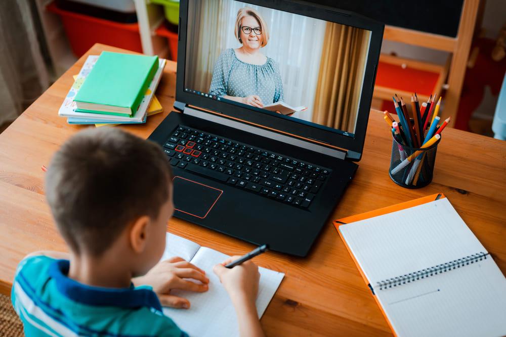 Google Classroomとは?話題のオンライン学習システムを徹底解剖